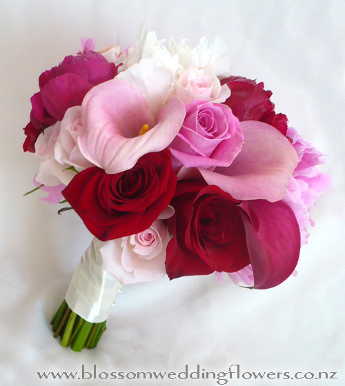 wedding flowers red and pink